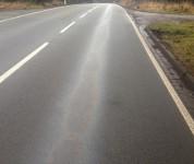 Ölspuren sind gefährlich im Straßenverkehr
