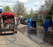 Hochdruck-Reinigungsfahrzeug im Einsatz